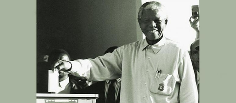 nelson-mandela-at-the-polls